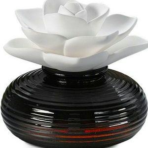 Ceramic Flower Aroma Diffuser